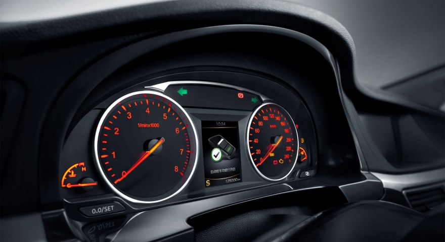 Интерьер Emgrand GT